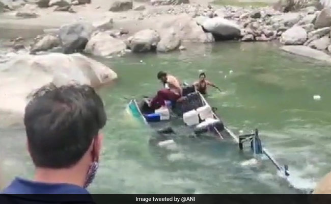 PM Modi Says 'Anguished' After 7 Killed As Minibus Falls Into J&K River