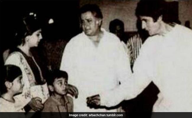 Amitabh Bachchan Found This Ajooba Pic Of Ranbir Kapoor. Cute, Na?