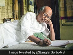 Shankha Ghosh, Legendary Bengali Poet, Dies After Battling COVID-19