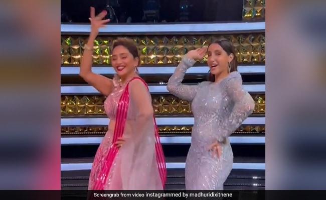 Madhuri Dixit Dancing To Mera Piya Ghar Aaya With Nora Fatehi Is A Whole Mood
