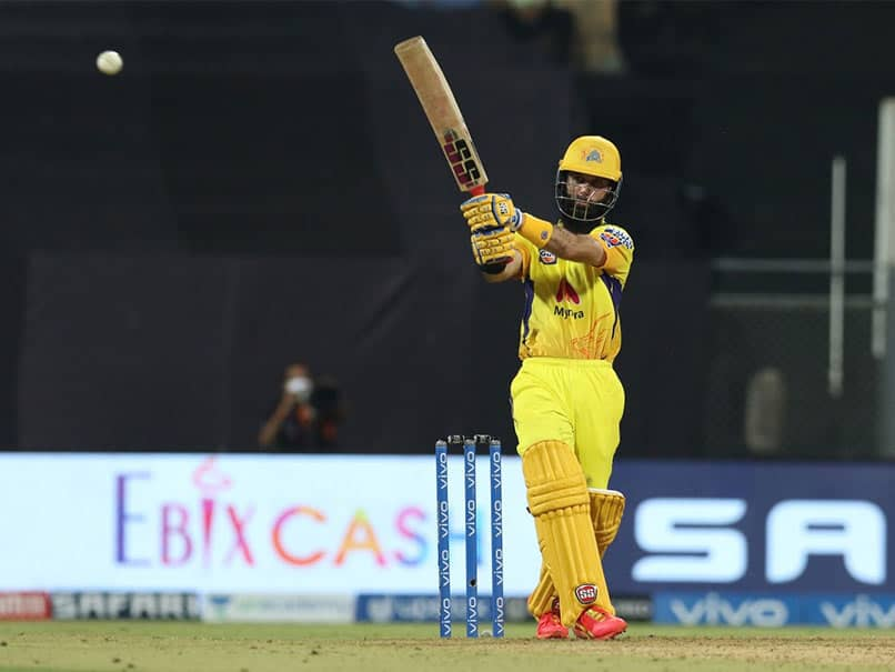 PBKS vs CSK: Fans describes the difference between MS & Virat outlook towards Moeen Ali
