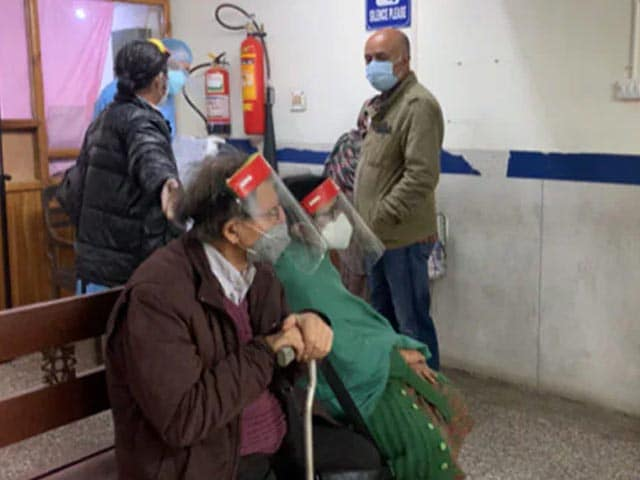 Video : In J&K, 50% Drop In Vaccine Beneficiaries As Ramzan Begins