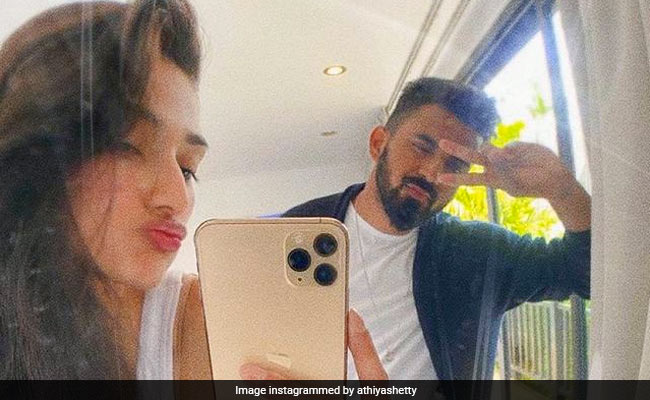 ICYMI: Suniel Shetty's Comment Is The Second Most Liked On Daughter Athiya's Post For KL Rahul