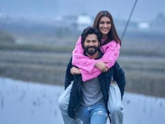 "It's A Wrap For Kriti Sanon On <i>Bhediya</i> Sets. ""<i>Bahut Mazaa Aaya Aapke Saath</i>,"" Writes Co-Star Varun Dhawan"