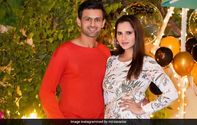Shoaib Malik Makes Same Mistake Again While Wishing Sania On Anniversary