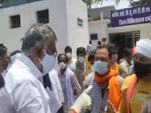 "Video : ""2 Slaps"": Union Minister Prahlad Patel's Shocker To Man Seeking Oxygen"