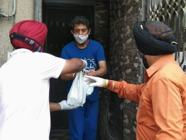 Video : COVID Warriors: 'Langar Sewa' Home Delivered To COVID-19 Patients In Delhi
