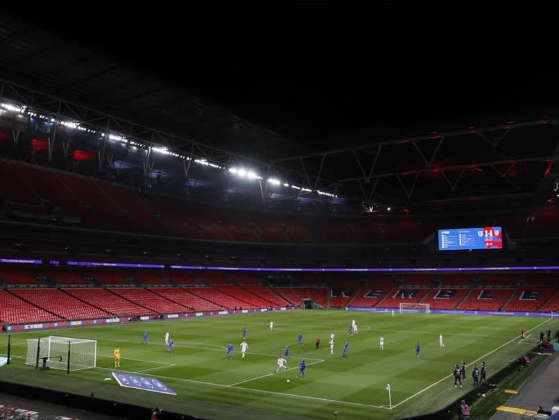 8000 Spectators Allowed For Carabao Cup Final Between Manchester City And Tottenham Hotspur As Test Event