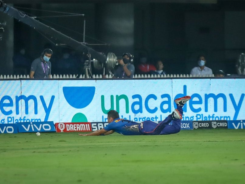 IPL 2021: Trent Boult Falling Over While Fielding Leaves Jimmy Neesham In Splits. Watch