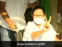 Mamata Banerjee Casts Her Vote, Shows Victory Sign