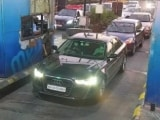 Video : On CCTV, Cop Drives Audi With Murder-Accused In Ambani Bomb Scare Case