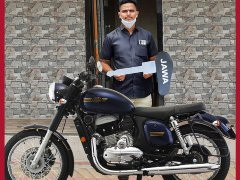 Railways Hero Mayur Shelke Who Saved A 6-Year Old Gifted A New Jawa Forty Two