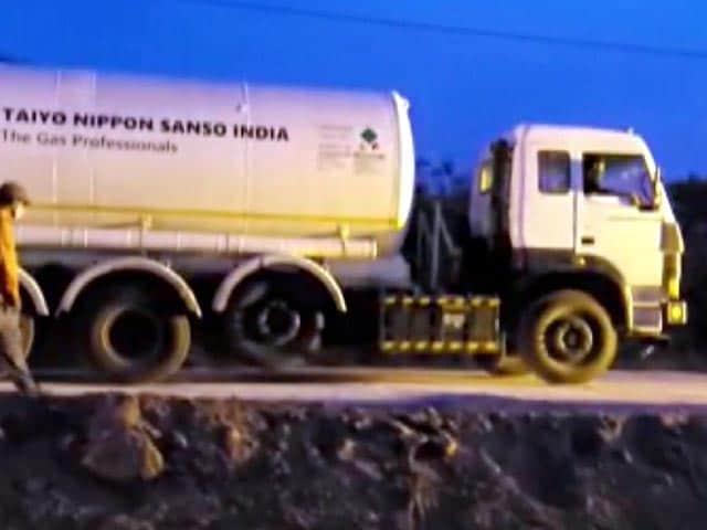 ऑक्सीजन संकट के बीच ओडिशा बना सबसे बड़ा मददगार, कई जरूरतमंद राज्यों को भेजे 90 टैंकर