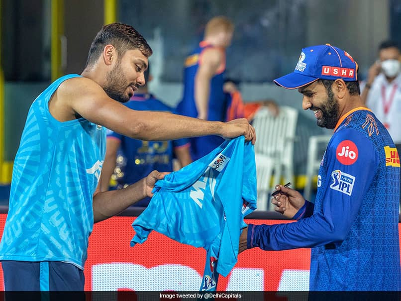 "IPL 2021, DC vs MI: Rohit Sharma Signs ""Fanboy"" Avesh Khans Jersey After Match. See Pics"