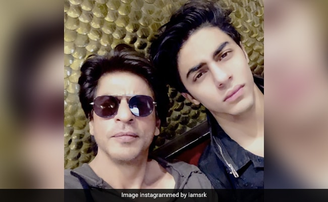 """SRK's Rule For Son Aryan At Home - """"Don't Do Something A Girl Can't Do"""""""