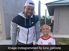 """""""Stay Strong"""": Tiger Woods Tells 10-Year-Old US Girl Fighting Cancer"""