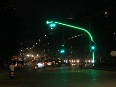 After Worli, Mumbai Gets Its Second Aesthetic LED Traffic Light In Goregaon