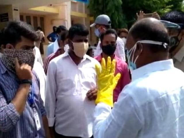 Video : Top News Of The Day: 24 Die In Karnataka Amid Oxygen Shortage