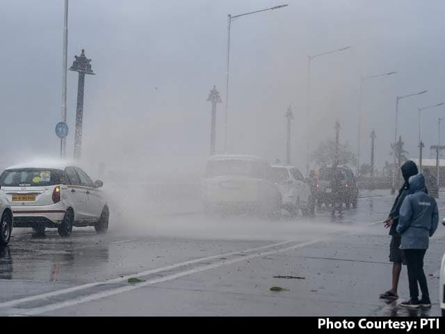 Video : Cyclone Tauktae Intensifies Into 'Very Severe Storm'