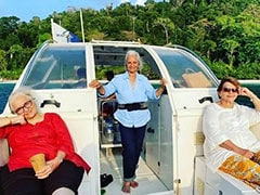 What Asha Parekh Said About Viral Vacation Pics With Helen And Waheeda Rehman