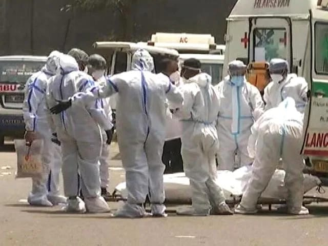 Video : Delhi Hospital Says Doctor Among 8 Dead After It Ran Out Of Oxygen