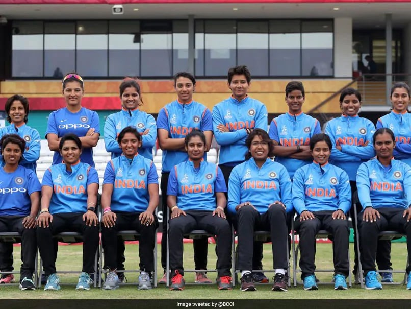 "WV Raman Congratulates Ramesh Powar, Says Looking Forward To See Womens Team ""Soar Under Your Guidance"""