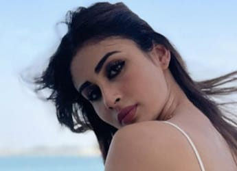 Mouni Roy Is Back With Her Food Diaries, And Spaghetti Is Her Latest Obsession
