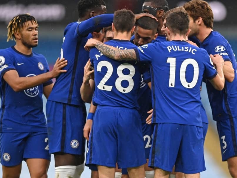 Marcos Alonso Scores In Injury-Time As Chelsea Delay Manchester Citys Premier League Title Party
