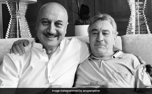 'Robert De Niro Keeps Checking On Kirron Kher's Health:' Anupam Kher