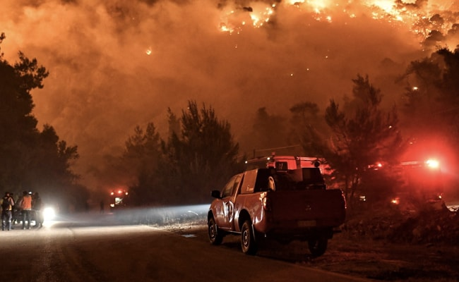 Greece Villages Evacuated As Forest Fires Rage, 62 Fire Engines, 17 Planes Deployed