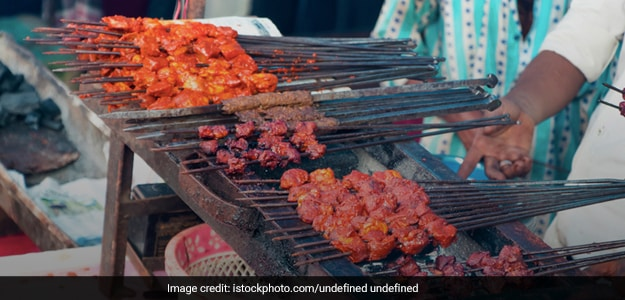 Missing The Legendary Foods Of Old Delhi This Eid? Here's How You Can Make Them At Home