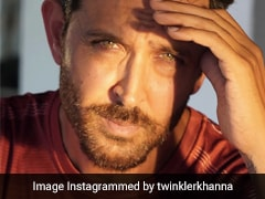 Why Hrithik Roshan Just Got A Shout-Out From Neighbour Twinkle Khanna