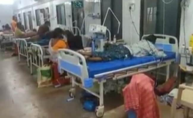 11 Die In Andhra Pradesh At Tirupati's SVR Ruia Hospital Ward As Oxygen  Dips; Horror In Ward Caught On Camera