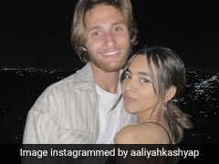 On Aaliyah Kashyap's Pic With Boyfriend, BFF Khushi Kapoor Dropped This Comment