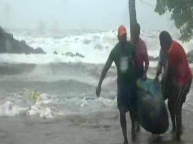 Video : Cyclone Tauktae May Intensify In 12 Hours, Rescue Teams In 5 States