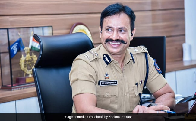 Maharashtra Top Cop Disguises As Common Man To Test Police Staff