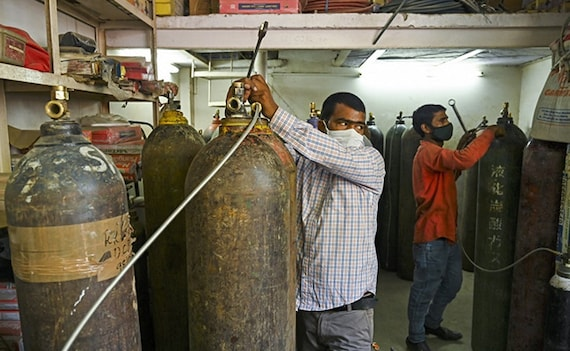 700 Tonnes 'Dena Hi Padega': Supreme Court To Centre On Oxygen For Delhi