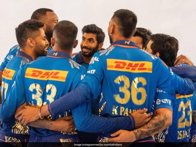 """""""We Are All Waiting For This Reunion"""": Mumbai Indians Tweet About IPL 2021 As """"Friends Reunion"""" Trends On Social Media"""