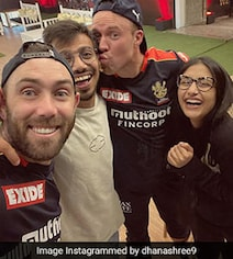Dhanashree Posts Pic With '5AM Club', Says Going To Miss 'Bubble Family'