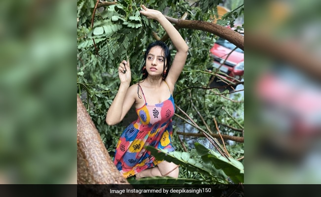 Actress Deepika Singh Gets A Reality Check From Instagram For Photoshoot During Cyclone Tauktae