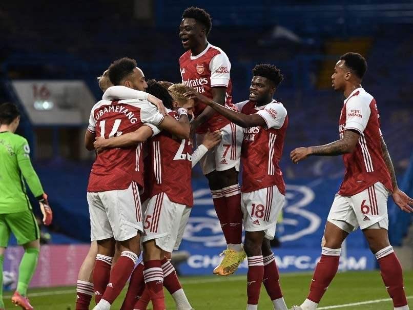 Premier League: Emile Smith Rowe Punishes Jorginho Blunder As Arsenal Rock Chelsea