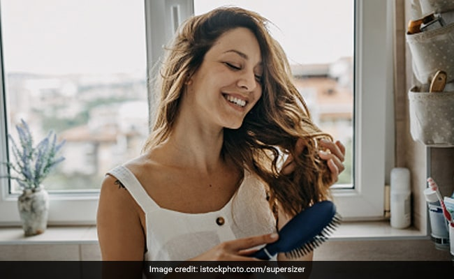 Stress And Hair Fall: Nutritionist Shares Diet Tips To Deal With Telogen Effluvium