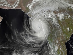 Eye Of Monster Cyclone Tauktae Moving In Towards Gujarat Coast: 10 Points