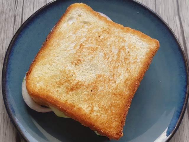 Video : How To Bombay Sandwich | Easy Bombay Sandwich Recipe Video