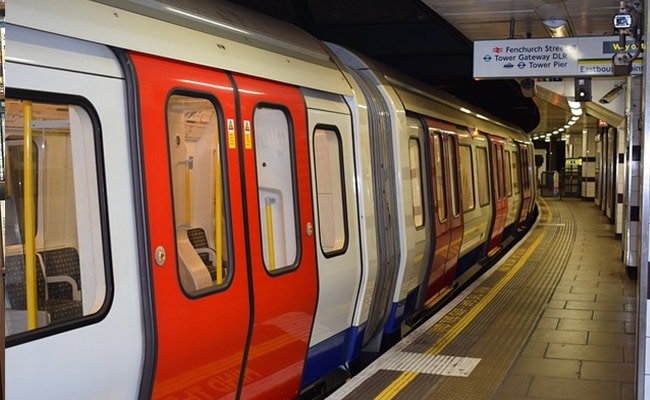 She Forgot Her Laptop In The London Tube. LinkedIn Came To The Rescue