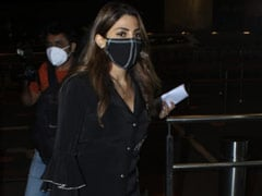 Nikki Tamboli's Rs 1.5 Lakh Louis Vuitton Handbag Adds Colour To Her All-Black Airport Outfit