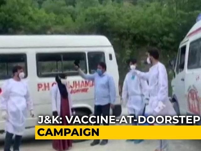 Video : Vaccinators Trek Door-To-Door In Villages Along LoC In Jammu And Kashmir