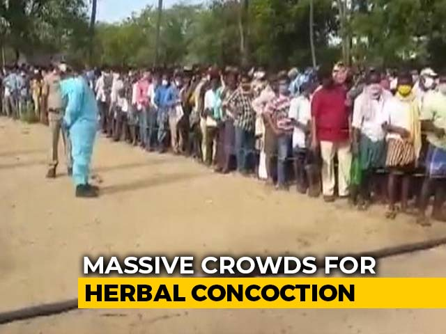 Video : Thousands Throng Andhra's Nellore For Ayurvedic Cure To Treat Covid
