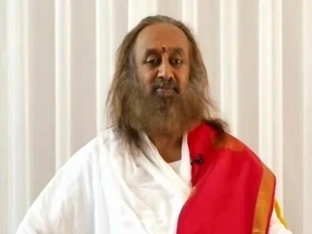 Video : The Sikh Community Has An Inbuilt Devotion And Valor In Them: Sri Sri Ravi Shankar
