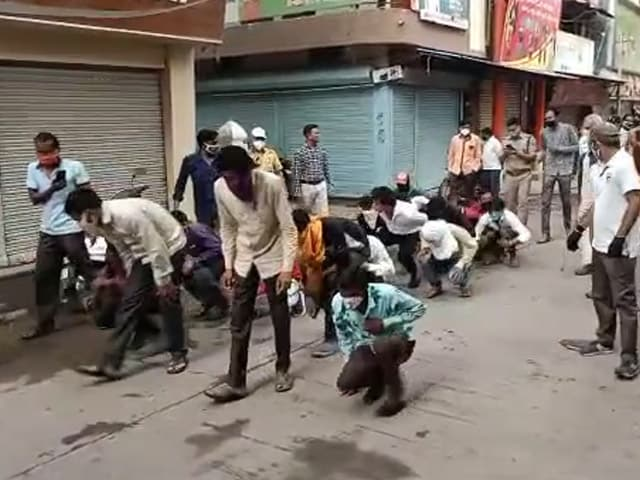 Video : In Indore, Mass Punishment For Mask Defaulters Backfires On Official